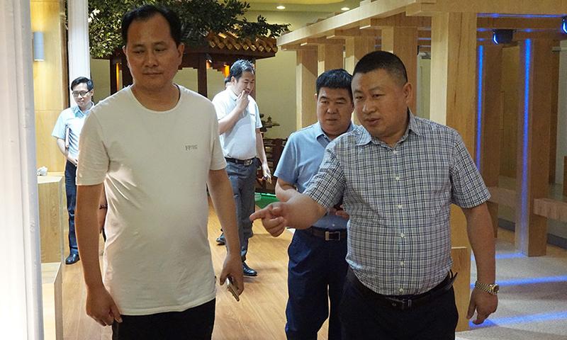 新疆哈密市付市长及市委领导一行莅临我司检查指导工作