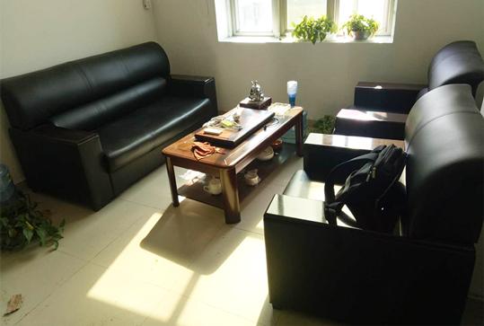 黑色皮质沙发、办公沙发、休闲沙发