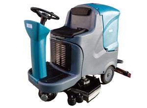 YT7駕駛式洗地機