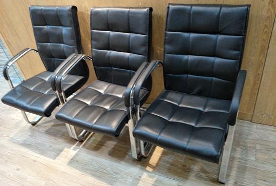 舒适靠背会议座椅、黑色办公椅子