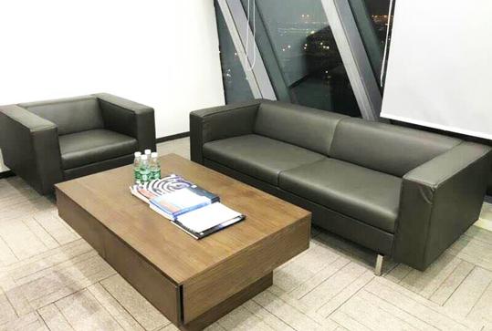 现代款3+1皮质休闲沙发、办公沙发