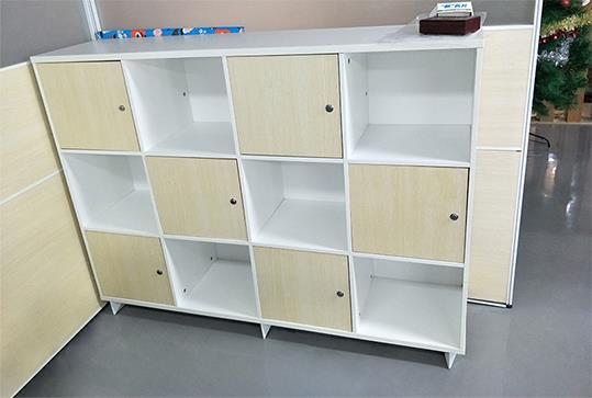 木纹色简约储物柜、文件柜