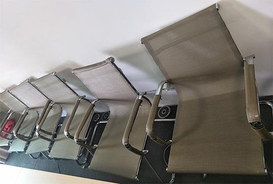 时尚灰色网状靠背办公座椅
