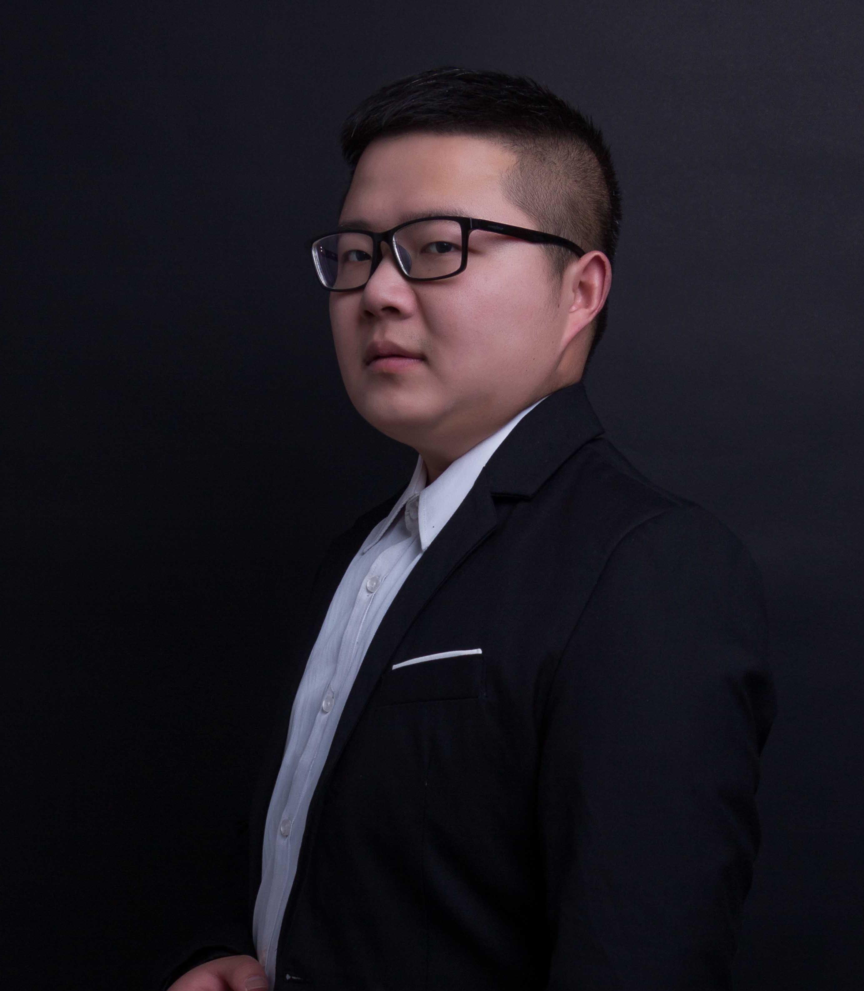 首页 设计力量 首席设计师  姓名:张磊工作年限:5年;擅长风格:北欧