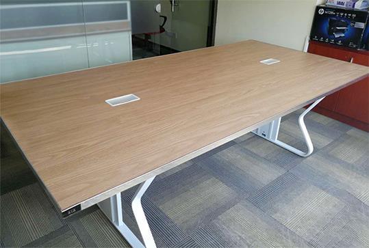 大气木纹板式办公会议桌