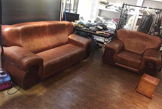 会上棕色皮质休闲沙发、办公沙发