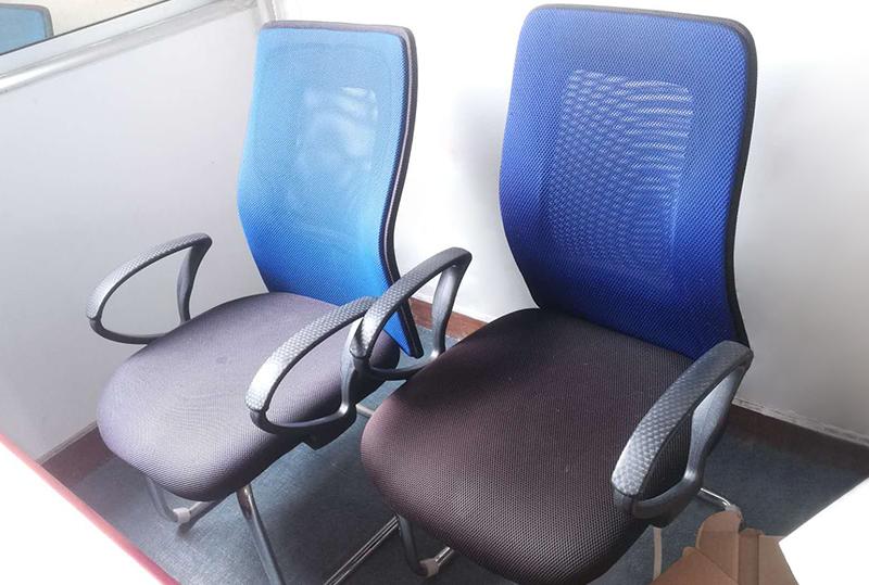 时尚蓝色靠背办公座椅