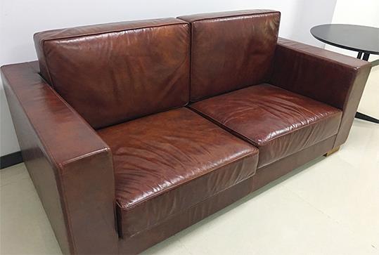 红棕色时尚双人位休闲沙发