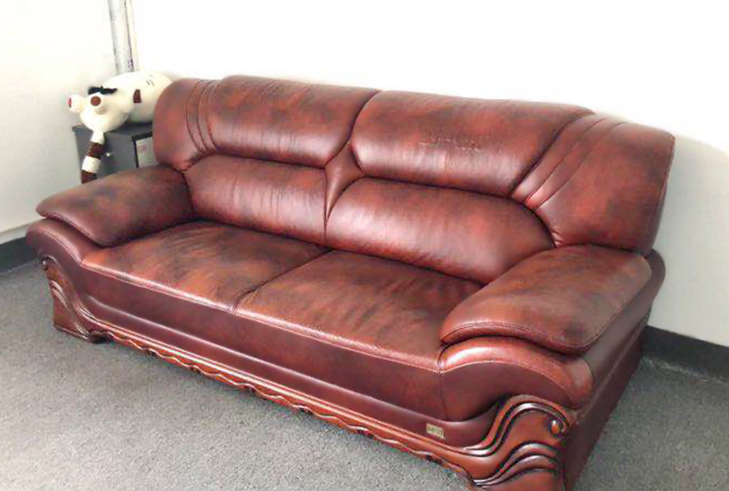 红棕色大气皮质休闲沙发、办公沙发