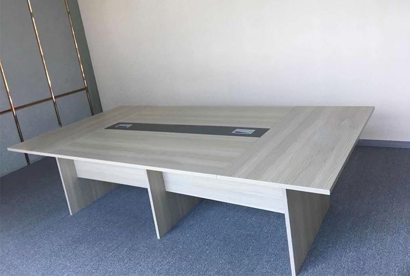 大气木纹版面时尚办公会议桌