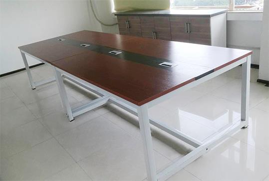 时尚红棕色板式办公会议桌