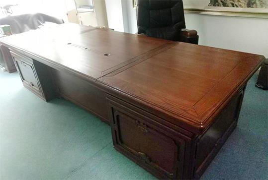 时尚红棕色大气板式老板桌、大班台