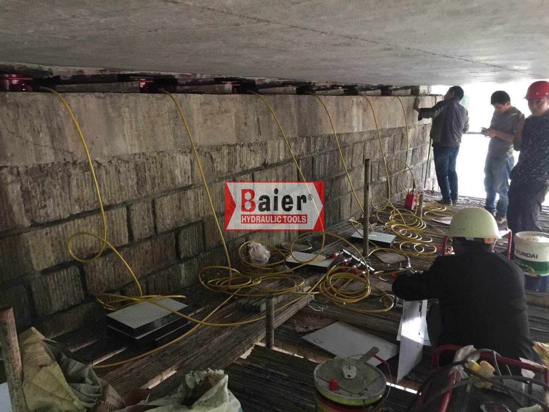 拜尔液压同步顶升系统服务于重庆桥梁施工