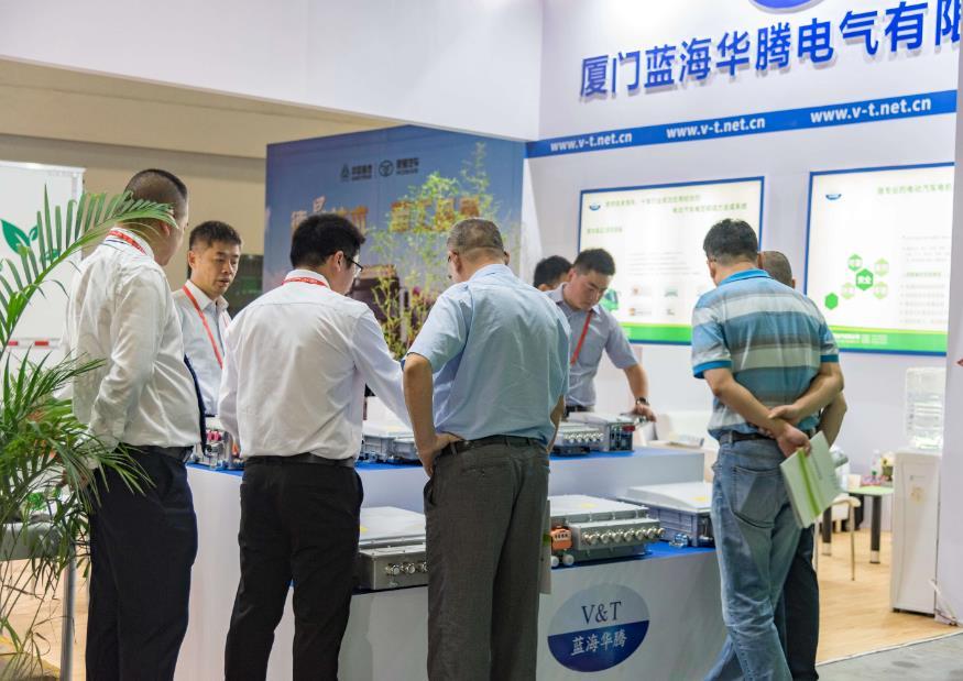 新能源,净未来 蓝海华腾亮相618海峡项目成果展