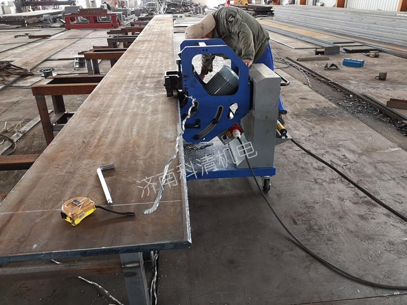 GBM-16D-R双面自动钢板坡口机在泰安钢构企业顺利验收