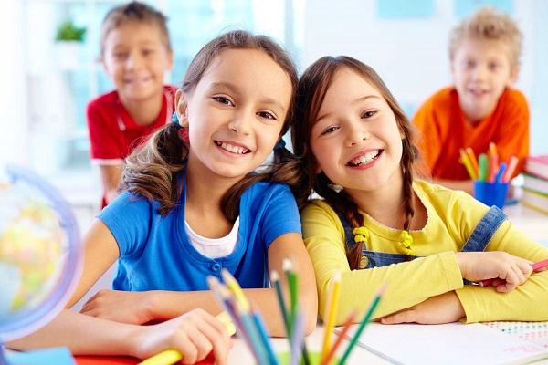 朗恩幼儿教育品牌logo