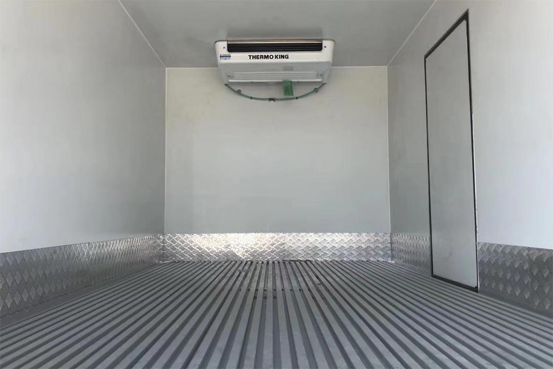 福田欧马可蓝牌冷藏车4.2米
