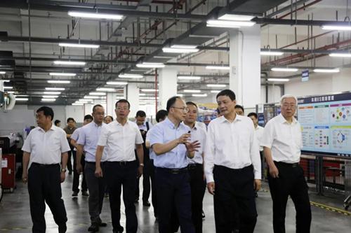 国家市场监督总局局长肖亚庆莅临大博医疗考察指导