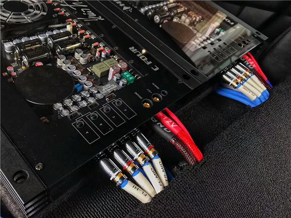 旗舰黑科技揭秘 HELIX C FOUR四声道功放评测