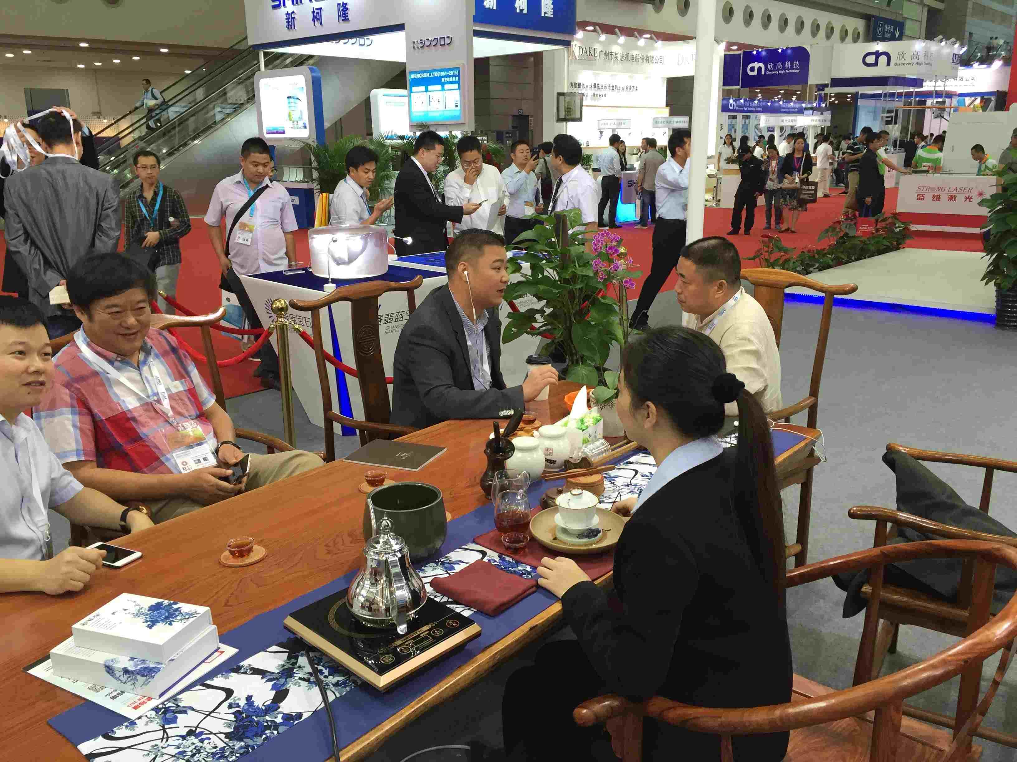 参加2015第十五届深圳国际触摸屏展览会