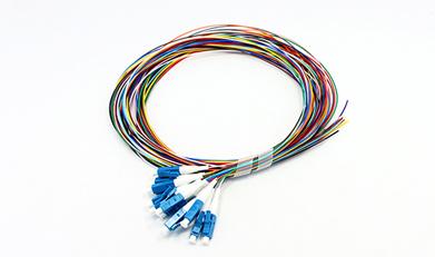 Set di trecce in fibra con codice colore 6-12F