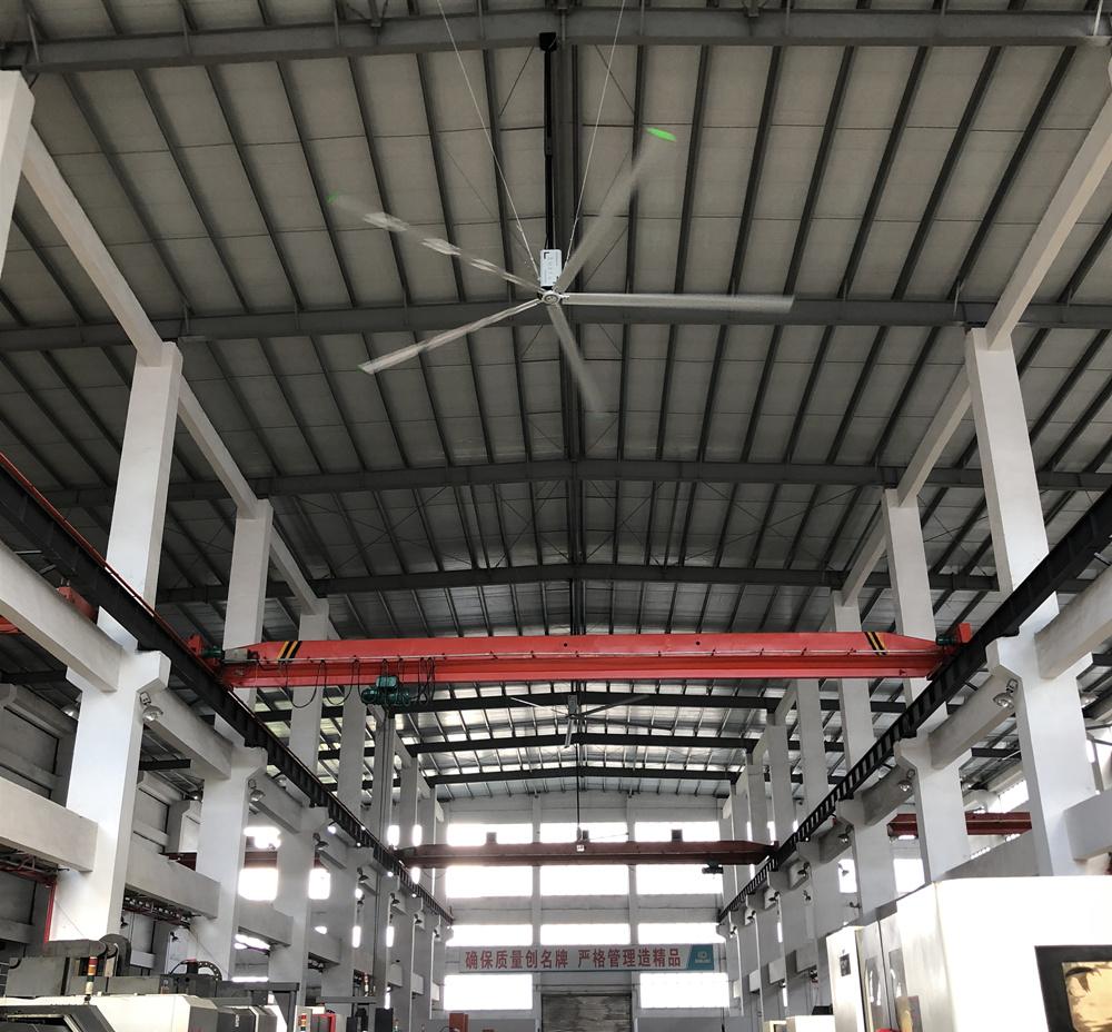 家具厂使用工业大风扇排除甲醛异味