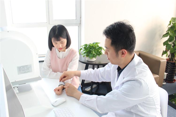 """中国工程院重大咨询研究项目""""人工智能在医药健康领域应用发展战略研究""""启动会在京召开"""