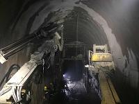 水泥灌浆在铁路隧道中的应用