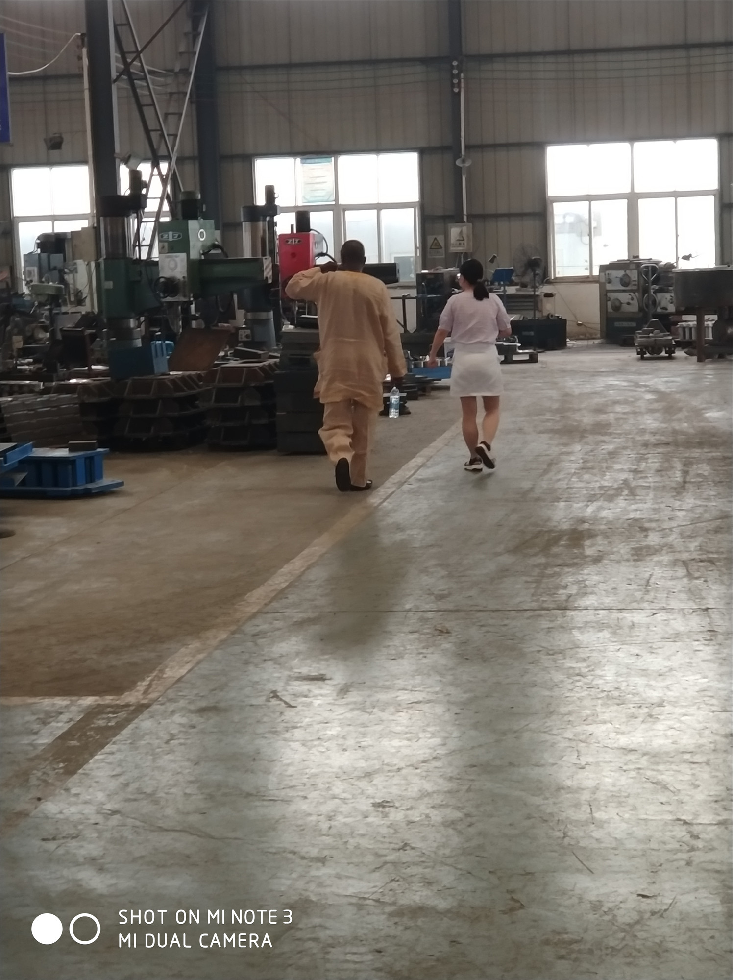 尼日利亚客户来我厂考察设备
