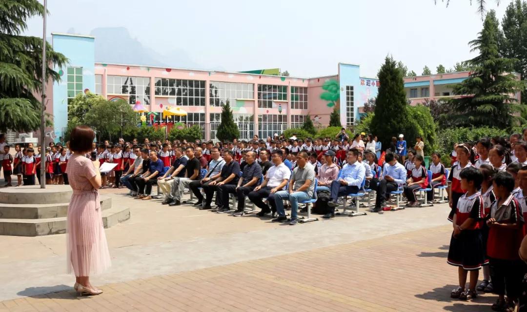 如今加色地板大量充斥市场,这是中国地板行业不健康的原因