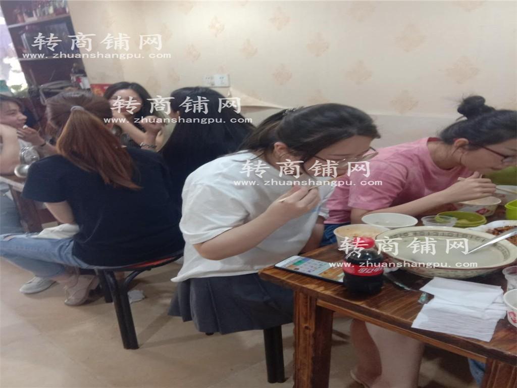 江汉大型社区经营6年餐饮店优转