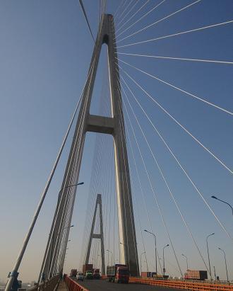 天津市滨海区海河大桥健康监测