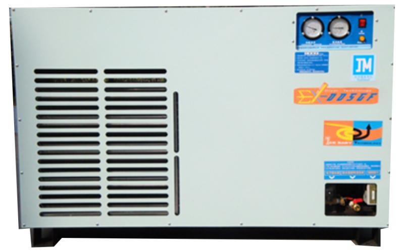 嘉美传统冷干机