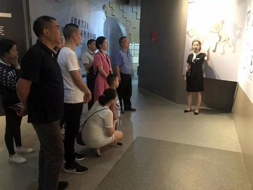 """道和远大集团组织员工参观体验四川省""""防灾减灾""""教育馆"""