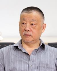 刘真伦(200x250).jpg