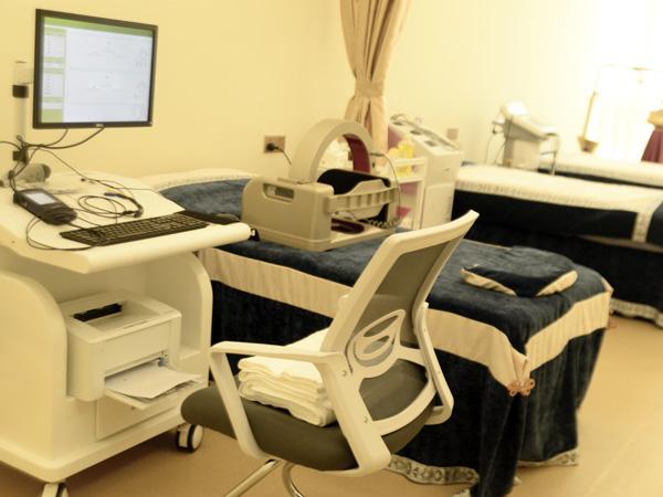 身体检查设备