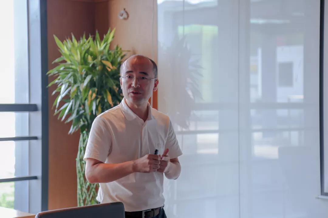 溧阳市副市长陈峰等一行走访调研海格云链
