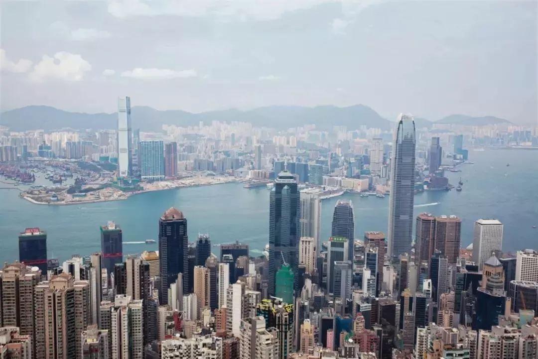 《空中留学工作室》第十三期 | 针对应届高考毕业生的香港留学方案