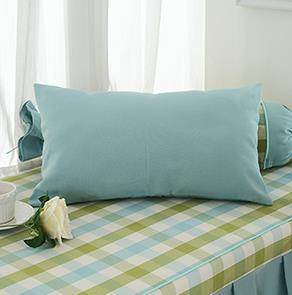 绿色长方形抱枕