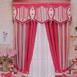 条纹图案卧室窗帘