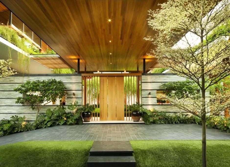 """如果家庭条件允许,建议选择""""下沉式""""别墅庭院设计"""