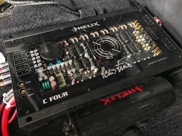 丰田汉兰达汽车音响改装   德国BRAX、HELIX让你的自驾游完美无缺