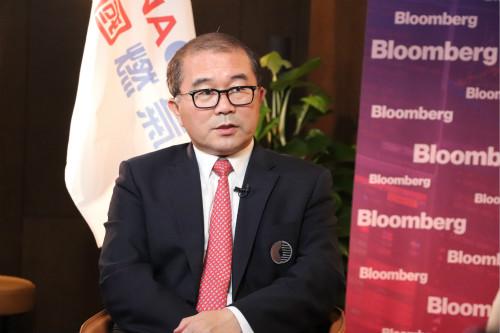 总裁刘明辉接受彭博社专访:我们的理想是成为世界城市贝博网址行业的领军者!
