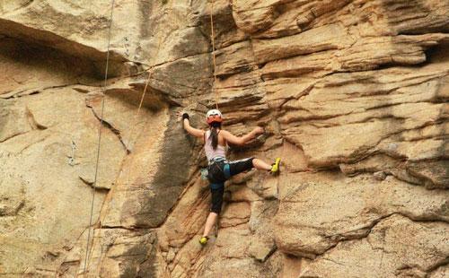 野外攀岩拓展训练项目心得体会