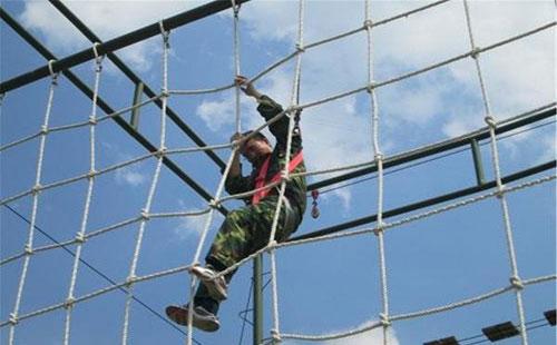高空拓展训练项目:高空绳网