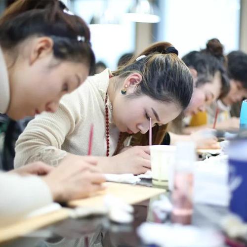 纹绣课程氛围