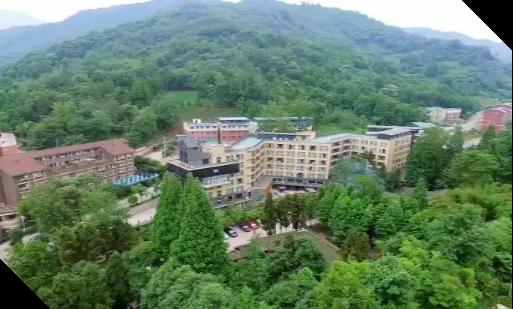崇州拉菲璽龍溫泉酒店