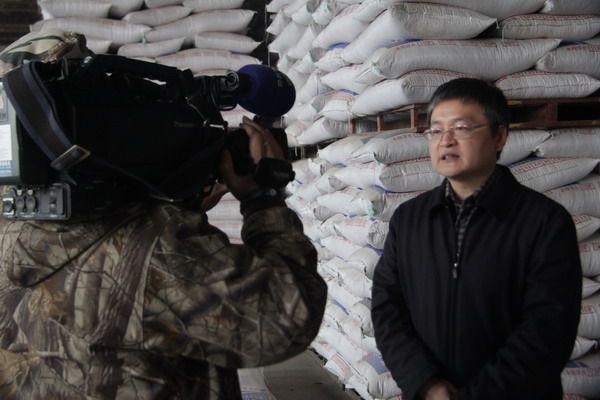 省级媒体联合采访巨星发展