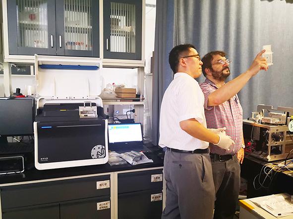 美国三院院士哈佛大学David A Weitz莅临新羿生物考察指导