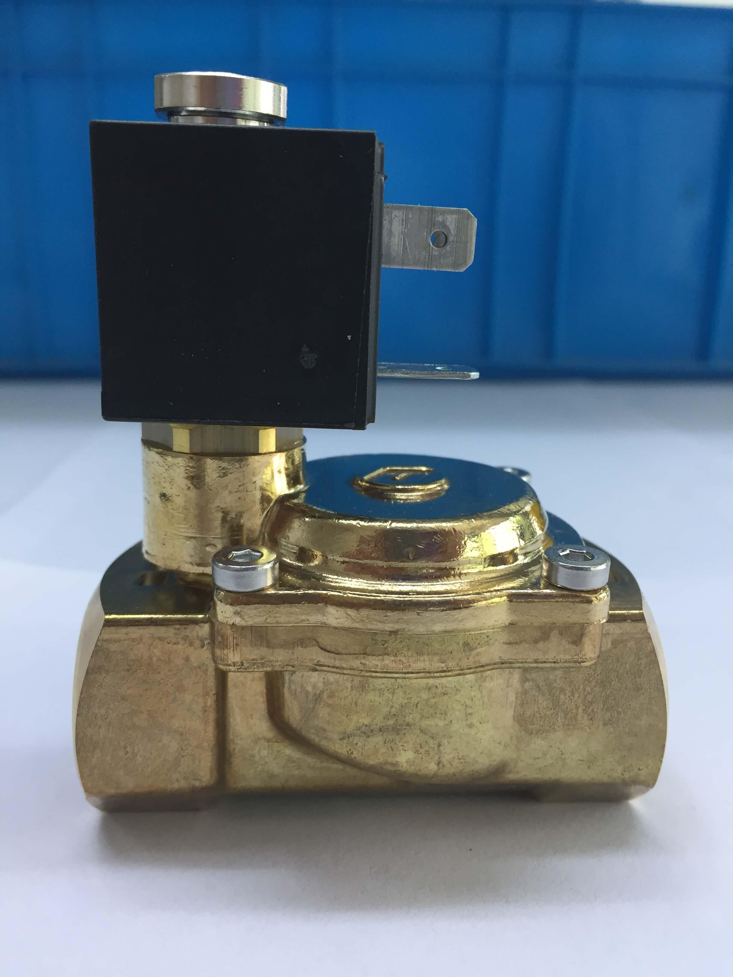 18520黄铜螺纹阀门